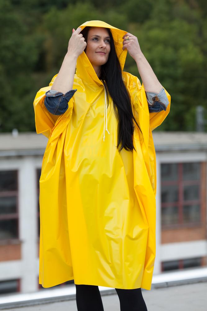Pláštěnka Camping poncho žlutá / Fatra