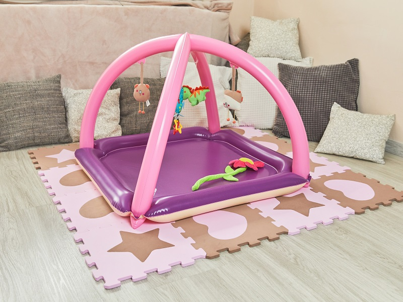 Blow up baby gym, pink-beige / Fatra